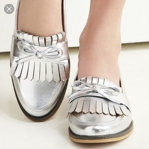 Sole Society Huxley silver loafers